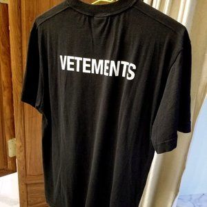 Vetements Staff Logo Tee